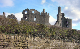 Thanks to kenneth rees for this image of Coity Castle